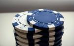 Desktop Hintergrund Poker Chips weiss und blau Format 1920x1200